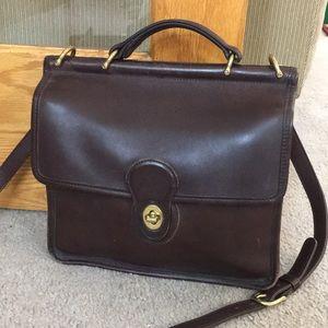 💕 Coach dark brown vintage leather crossbody 💕